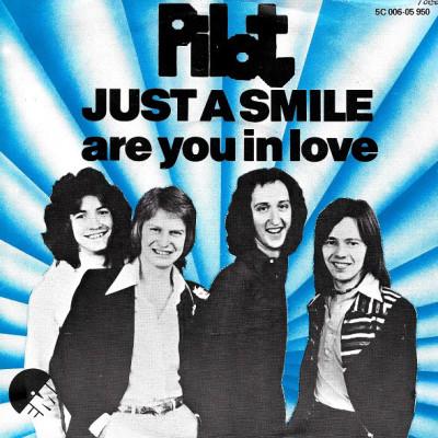 Obrázek PILOT, Just A Smile