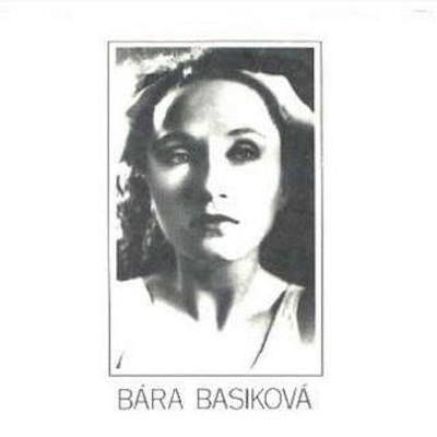 Obrázek BÁRA BASIKOVÁ, Souměrná